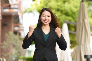 保険営業職採用を検討している企業様必見!働く女性向けWebマガジン「Womantype」にて『保険営業特集』を開催中!