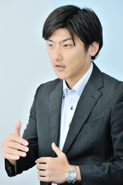 宇須井亮さん