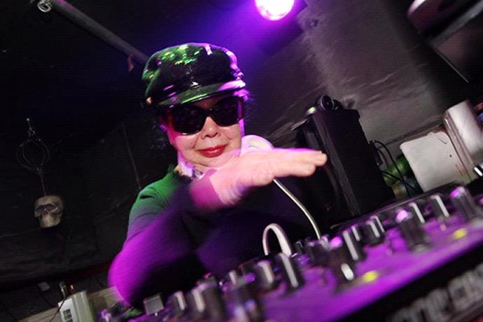 DJ SUMIROCK